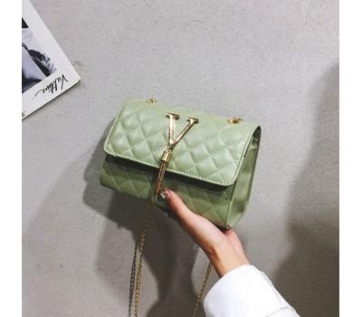 "Женская маленькая сумочка ""V"" зеленая"