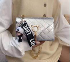 Глянцевая сумка с застежкой в виде кота серебро