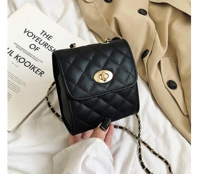 Маленькая сумочка клатч черная