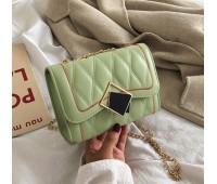 Женская красивая сумка на цепочке зеленая