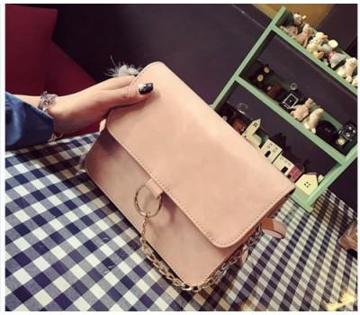 Матовая сумка клатч пудровая