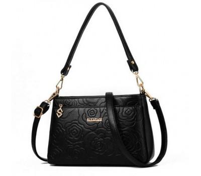 Красивая женская сумочка клатч черная