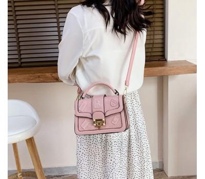Оригинальная женская сумка розовая