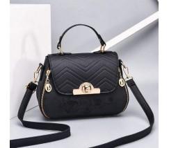 Гарна сумка з вишивкою чорна