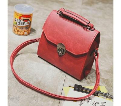 Женская компактная сумка красная