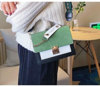 Матовая женская сумочка клатч зеленая