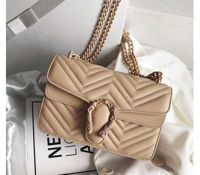 Женская сумка Гуччи с подковой бежевая