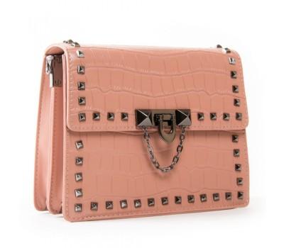 Маленькая женская сумка с заклепками розовая