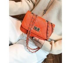 Гарна сумка на ланцюжку коричнева