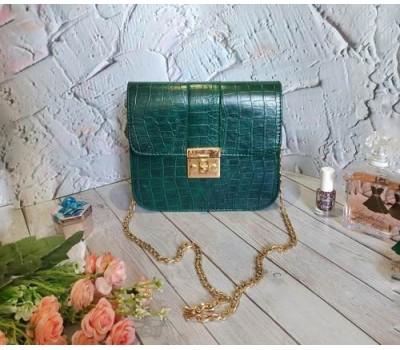 Женская сумка клатч под кожу рептилии зеленая