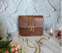 Жіноча сумка клатч під шкіру рептилії коричнева