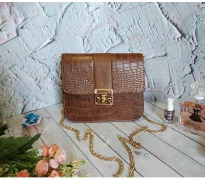 Женская сумка клатч под кожу рептилии коричневая
