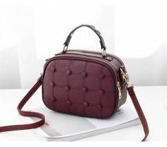 Модная женская сумочка с пуговицами бордовая