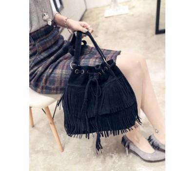 Женская сумка-хобо под замшу черная