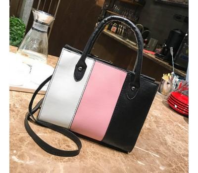 Стильная сумка черная с бело-розовой полосками