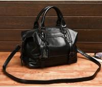 Містка сумка жіноча чорна