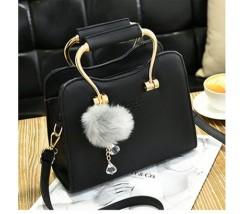Гарна каркасна жіноча сумка чорна