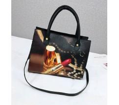 Женская сумка с рисунком помады