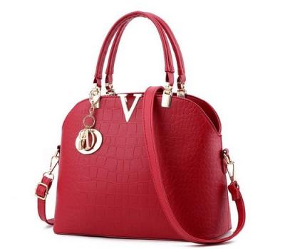 Красивая женская сумка красная