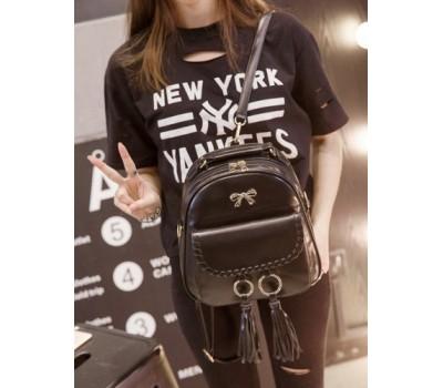 Стильная сумка-рюкзак  с бантиком и кольцами черная