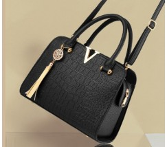 Каркасная женская сумка черная