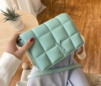 Женская сумка мятная Yves Saint Laurent копия