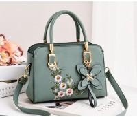 Женская сумка с цветочным узором голубая