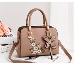 Жіноча сумка з квітковим візерунком бежева