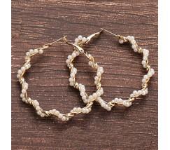 Круглые женские сережки с маленькими бусинами